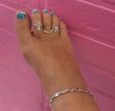 .925 Designer chain double toe ring Swrils of Love